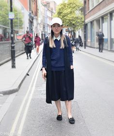Xno Miko, Fashion Blogger and the best street style from London Fashion Week. Update your wardrobe and style - sign up to irislillian.com to ask Elissa for killer styling tips and great outfits for the office.
