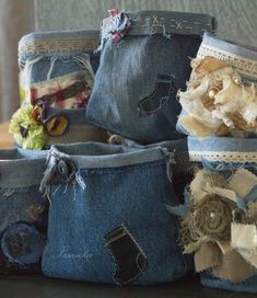 Do It Yourself / DIY. Old Jeans, Denim Jeans, Master Class, Creative Inspiration, Couture, Handmade, Crafts, Farmer, Storage