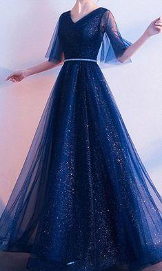 Pretty Prom Dresses, Ball Dresses, Elegant Dresses, Pretty Outfits, Beautiful Dresses, Nice Dresses, Formal Dresses, Ball Gowns, Ladies Dresses