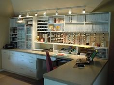 Maralee's Studio - you have to see all 3 images to fully appreciate the way the space is utilized....