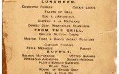 Venduto all'asta, per 88.000 dollari, il menu dell'ultima cena sul Titanic A distanza di oltre 100 anni dall'affondamento, il fascino del Titanic non accenna a diminuire. Qualche settimana fa il menu dell'ultima cena servita a bordo è stato battuto all'asta e venduto per 88 #titanic #aste #menutitanic