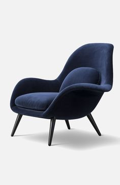 Swoon is a comfortable yet sophisticated easy chair designed for lounge areas and private homes. Designed by Space Copenhagen for Fredericia Furniture in the chair stylishly combines an injectio Copenhagen Design, Space Copenhagen, Chair Design, Furniture Design, Furniture Chairs, Luxury Furniture, Design Minimalista, Lounge Areas, Lounge Chairs
