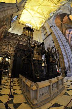 Sevilla (Andalucia) - Tumba de Cristobal Colon   Spain