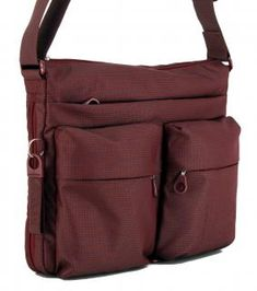 !!!Umhängetasche Crossover Cabernet dunkelrot Mandarina Duck Crosso Crossover, Nylons, Messenger Bag, Satchel, Bags, Fashion, Dark Red, Hook And Loop Fastener, Handbags