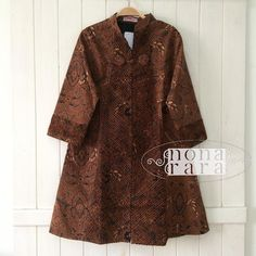B101024 - IDR365.000 Bustline : 98cm ( L ) Length : 92cm Fabric: Batik Sogan Solo