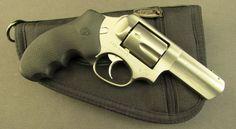 Randění Colt revolvery