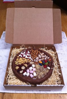 7 and a half inch chocolate pizza  - delicious - from a range at chocandoll on facebook (uk)