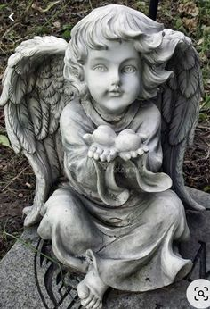 Cemetery Angels, Cemetery Art, Angel Images, Angel Pictures, Statue Ange, I Believe In Angels, Stone Statues, Desenho Tattoo, Angel Statues