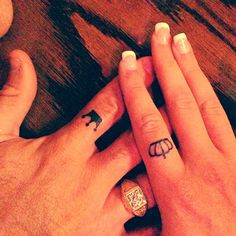 King and queen tattoos on fingers - matching, couple tattoos – The Unique DIY Finger tattoos which makes your home more personality. Collect all DIY Finger tattoos ideas on couple to Personalize yourselves. Couple Tattoos Love, Love Tattoos, New Tattoos, Small Tattoos, Tattoos For Women, Crown Tattoos, Tatoos, Tattoos Para Casais, Tribal Tattoos