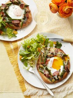 Asparagus-Fontina Pizzettes with Bacon