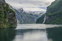 From the world's strongest maelstrom to wreck diving, Norway offers many options for marvellous, treasure-filled and adrenalin-pumping diving experiences.