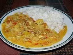 Jak udělat kuře na kari   recept Thai Red Curry, Rice, Menu, Chicken, Ethnic Recipes, Czech Republic, Indie, Diet, Menu Board Design
