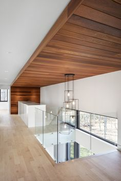 KL House: A Contemporary Home in the Forest in Quebec, Canada - Modern Design Timber Ceiling, Wooden Ceilings, Ceiling Cladding, Open Ceiling, Timber Cladding, Ceiling Fan, Home Design, Interior Design, Design Ideas