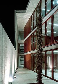 Teatre El Musical. Eduardo de Miguel Arbonés (2002).