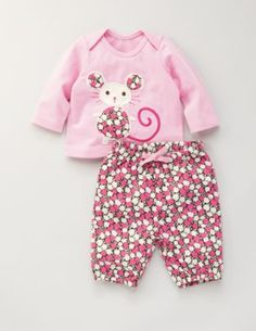 .i want a baby just so i can buy adorable baby clothes!