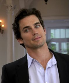 Matt Bomer as Neal Caffrey (White Collar) His eyes *.* <3