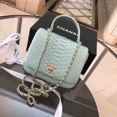 KHAYANDERSON #frenchdesignerhandbags