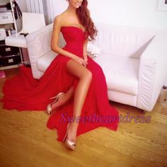 Sexy red chiffon senior prom dress, prom dresses long, handmade long evening dress with slit  http://sweetheartdress.storenvy.com/products/14806533-strapless-sexy-red-chiffon-open-back-long-a-line-slit-formal-dress
