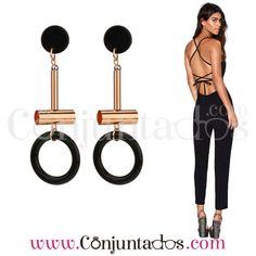 Pendientes Joanna en negro y dorado ★ 11'95 € ★ Cómpralos en https://www.conjuntados.com/es/pendientes-joanna-en-negro-y-dorado.html ★ #pendientes #earrings #conjuntados #conjuntada #joyitas #lowcost #jewelry #bisutería #bijoux #accesorios #complementos #moda #eventos #fashion #outfit #estilo #style #streetstyle #casualstreet #spain #GustosParaTodas #ParaTodosLosGustos