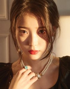 Uploaded by love poem ♡. Find images and videos about kpop, iu and soloist on We Heart It - the app to get lost in what you love. Korean Beauty, Asian Beauty, Korean Girl, Asian Girl, Korean Idols, Jung So Min, Angelababy, Iu Fashion, Korean Actresses