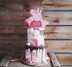 Pig Cakes, Peppa Pig, Evie, Desserts, Food, Tailgate Desserts, Deserts, Essen, Postres