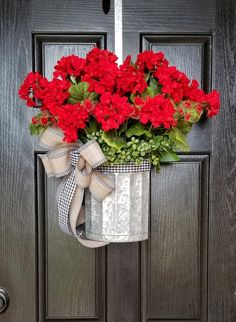 Summer Door Wreaths, Christmas Mesh Wreaths, Wreaths For Front Door, Spring Wreaths, Ribbon Wreaths, Yarn Wreaths, Tulle Wreath, Winter Wreaths, Floral Wreaths