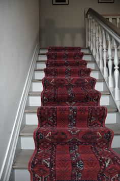 Discount Carpet Runners By The Foot Product Victorian Stairs, Stair Rods, Carpet Stairs, How To Clean Carpet, Geometric Designs, Carpet Runner, Stairways, Bohemian Rug