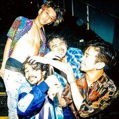Asian Men, Rock Bands, Superman, King, Cool Stuff, Artist, Fictional Characters, Daiki