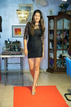 שימלה שעיצבה אופיר בת ה 14.  צילום בני לפיד.