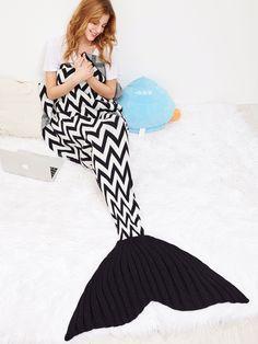 39db173c3057 Couverture sirène tricoté à rayure en vague - noir et blanc -French  SheIn(Sheinside · Queue De PoissonCouvertures ...