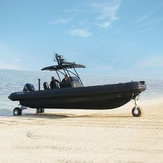 Bateau pneumatique RIB / amphibie Amphibious RIB 9.8m ASIS BOATS