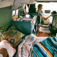 Comfy rvs camper van conversion ideas on a budget (47)