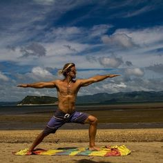Doing yoga before and after your kite session is seriously improves your skills. Absolutely recommended! Book your next kite-yoga trip to Costa Rica!  It is amazing! The Epic Gust - 🏖️💨😀😈🏝️🏋️🔜👌💯🇨🇷🇨🇷🇨🇷🔝 . . . . .  #Theepicgust #KiteTrip #costarica #Kitesurfingdestinations #kiteground #Kitespot #RRDkites #Obsession #Kitelife #Kiteholidays #Kitedream #Kitesession #Sunset  #Kiteloop #GOBIG #30Knots #Mylife #yoga #mensyoga #yogaeveryday #recover #workout #healthy #lifestyle