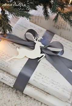 Watch a wonderful video on how to tie the perfect bow and see our favorite holiday gift wrapping ideas today, on Hadley Court Wrapping Ideas, Creative Gift Wrapping, Present Wrapping, Creative Gifts, Elegant Gift Wrapping, Noel Christmas, All Things Christmas, Winter Christmas, Christmas Crafts