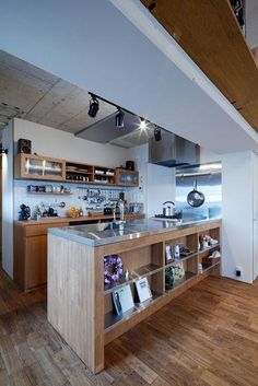 Kitchen design ideas for your next project. We have all the kitchen planning inspiration you need for the heart of your home, whatever your style and budget. Loft Kitchen, Kitchen Dinning, Kitchen Cupboards, Kitchen Interior, Kitchen Storage, Kitchen Decor, Diy Kitchen, Small Apartment Decorating, Simple House