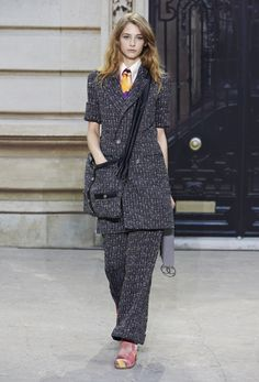 runway 2016 pictures chanel | Chanel Spring/Summer 2015 Runway Show