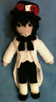 Amigurumi Blood Dupr� (the Hatter) from 'Alice in the Country of Hearts'.