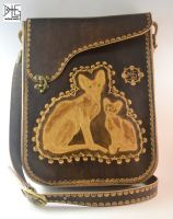 Leather bag with Canadian Sphynxes by barlogg