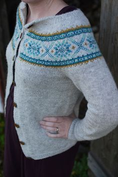 Ravelry: Plum Frost Pullover & Cardigan pattern by Elinor Brown