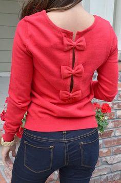 Very stylish pink back bow sweater shirt for fall fashion Cute Fashion, Womens Fashion, Blazers, Red Sweaters, Trends, Sweater Shirt, Sweater Weather, Diy Clothes, Autumn Winter Fashion
