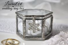Hey, I found this really awesome Etsy listing at https://www.etsy.com/listing/473096725/winter-wedding-ring-box-silver-glass