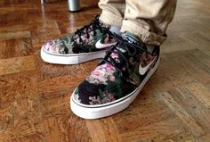 #Nike SB Janoski Floral I want these so bad!!