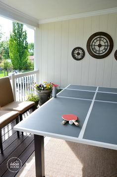 I have an old dining table lying around in my garage and I am so insppired tot urn it into a DIY ping pong table. Playing ping pong with my kids on weekends would be so awesome. Ping Pong Table Diy, Outdoor Ping Pong Table, Ping Pong Table Tennis, Diy Table, Dining Table, Table Tennis Board, Table Tennis Tournament, House Games, Pallets