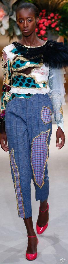 Spring 2017 Haute Couture Viktor & Rolf