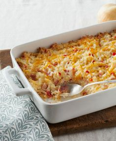 Cheesy Hash Brown Casserole - this cheesy, bacon-y hash brown casserole is a super side dish for any time of the day!