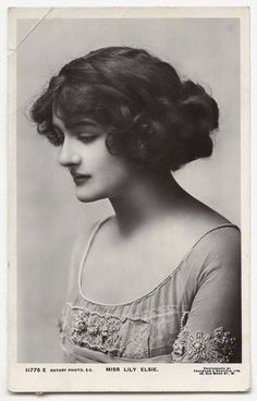 """carroll-cameron-co: """"British Actress Lily Elsie and her wonderful Hairdos """" Some inspiration for weddings Look Vintage, Vintage Beauty, Vintage Images, Vintage Ladies, Lily Elsie, Old Pictures, Old Photos, Edwardian Fashion, Vintage Fashion"""