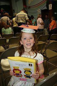 Caps for preschool graduation./ small paper bowl, cardstock square, ribbon // preschool and kindergarten graduation
