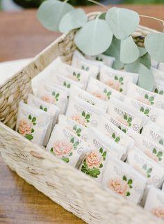 Vintage Field Guides Inspired This Sweet Botanical Celebration Edible Wedding Favorsbridal