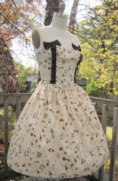 Hey, I found this really awesome Etsy listing at https://www.etsy.com/listing/112765913/classic-lolita-chocolate-brown-alice-in