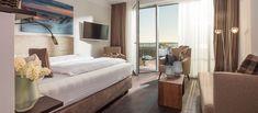 16 helle, lichtdurchflutete Apartments und Suiten, Meerblick und Meeresrauschen, Sonne und Strand, Ruhe und Erholung – das alles erwartet Sie im Trendhotel MeerBlickD21 auf Norderney. Bei uns finden Sie das ideale Hotelzimmer für Ihre Bedürfnisse. So wird Ihr Aufenthalt auf der Insel zum unvergesslichen Traumurlaub an der Nordsee.